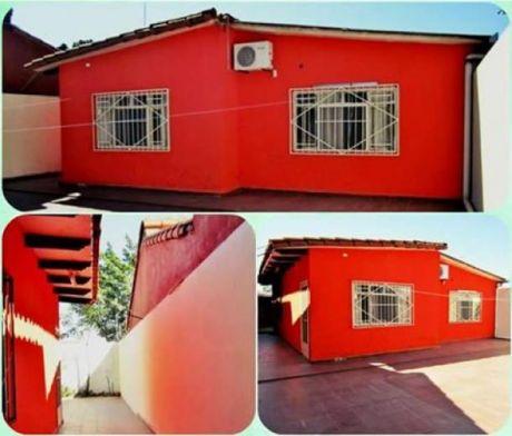 Casa Económica En Venta, Zona De Constante Crecimiento.