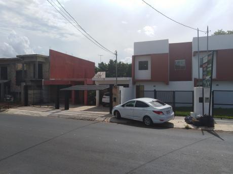 Duplex En El Centro De Luque