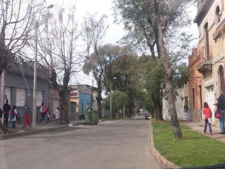 Casa De 2 Dorm Reciclada A Metros De Ca.ma Ramirez