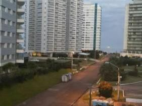 """Apartamento En Punta Del Este - Edificio """"el Mar""""  Apt 211"""