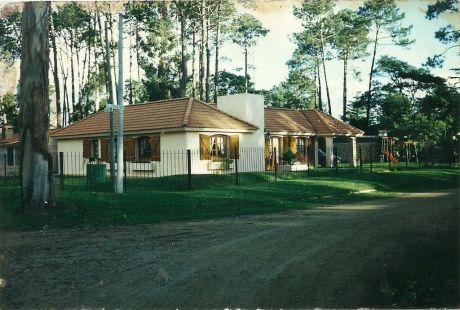 Chalet Pinares De Atlántida (zona Privilegiada) 285.000 Con Bhu
