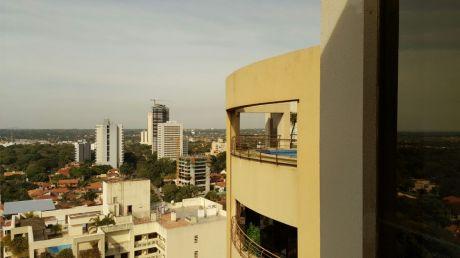 Venta De Penthouse En Edificio Alta Vista