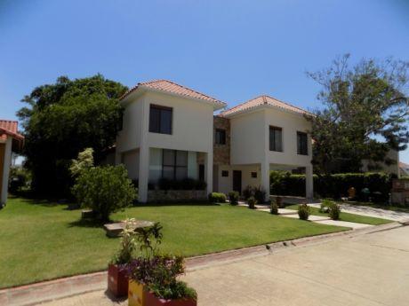 Casa En Alquiler Urubo
