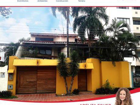119 Amplia Casa En Venta En Calle Moldes