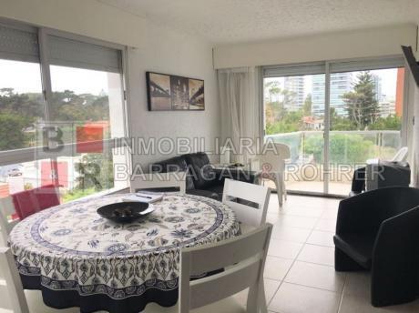 Apartamento Con Vista En Playa Mansa