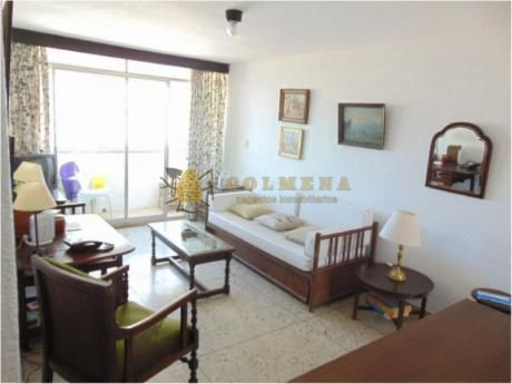 Apartamentos En Península: Col1019a