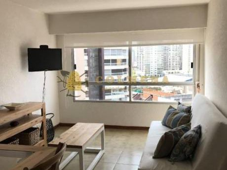 Apartamentos En Península: Col18a