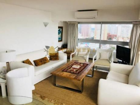 Apartamentos En Península: Col640a