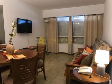 Apartamentos En Península: Col690a