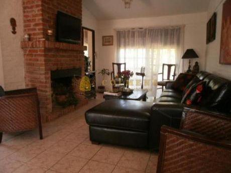 Casas En Punta Del Este: Col790c
