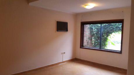 Alquilo Casa En  Villa Morra, Ideal Para Oficina, Spa, Etc.