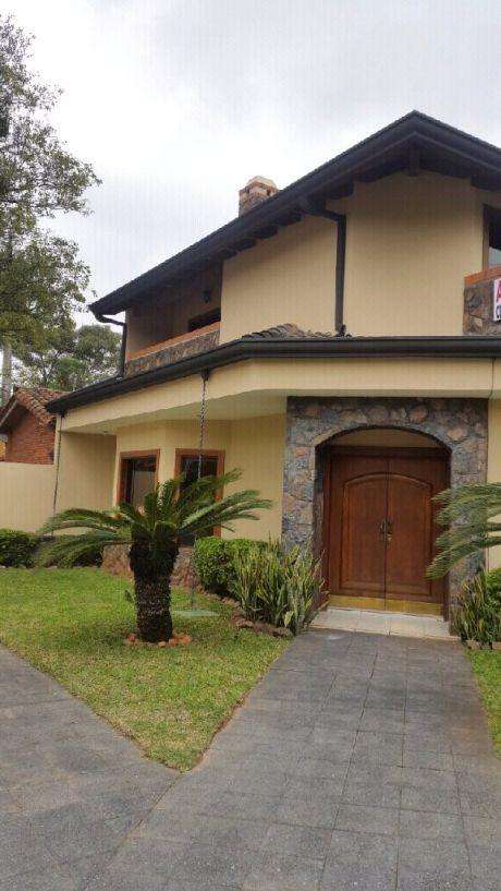 Asainmobiliaria Vende Hermosa Casa En Bo.recoleta
