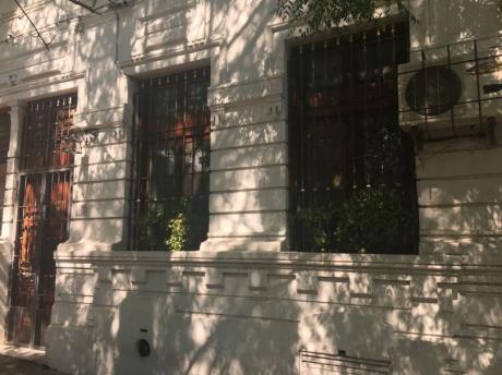Preciosa Casa En Muy Linda Zona!!!