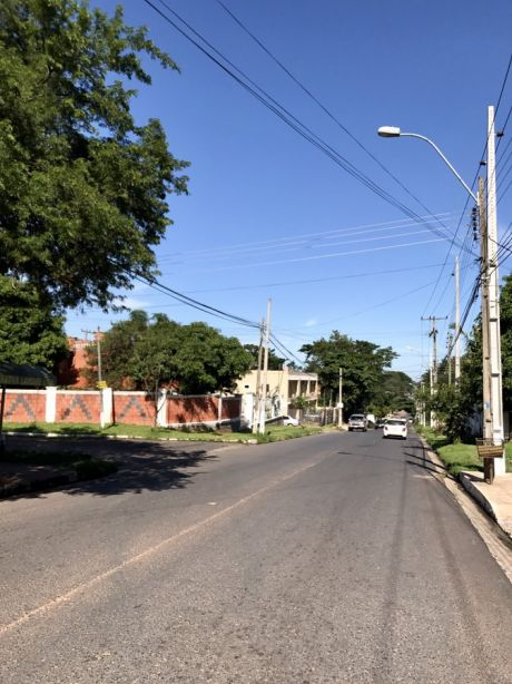 Casa Casi A Estrenar En Oferta Zona Colegio Sek Lambare