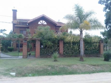 Se Vende Hermosa Casa En Medanos