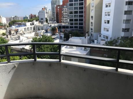 Venta Apartamento Dos Dormitorios,dos Baños.garage.punta Carretas