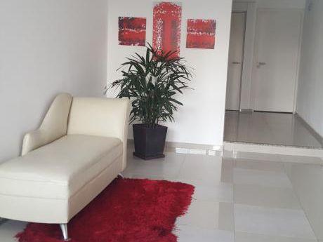 Apartamento - 2 Dormitorios A Nuevo -buceo  162.000 Usd.