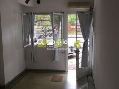 Casa En Venta En Buceo 2 Dormitorios