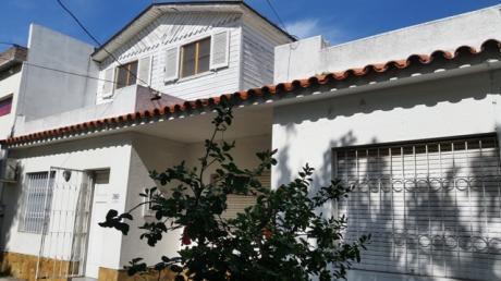 2 Casas Al Frente En Un Mismo Padron
