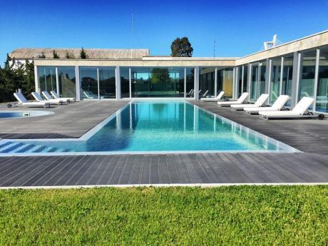 La Comodidad De Un Depto Moderno Con La Calidad De Vida De Una Casa.