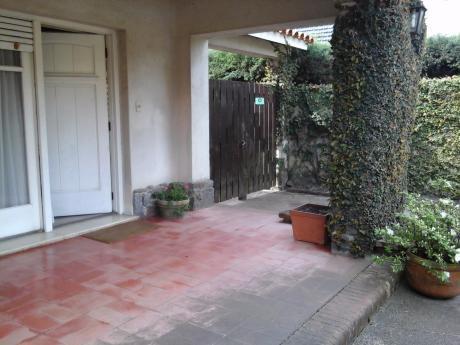 Casa Amplia En Carrasco Sur