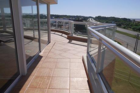 Rambla Y Brasilia, Ed.terrazas De La Barra II