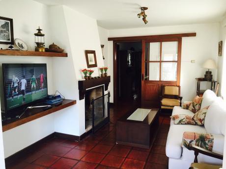 Propiedad Horizontal En Carrasco Sur - 4 Dormitorios