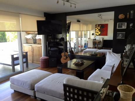 Apartamento Dúplex En Carrasco Sur
