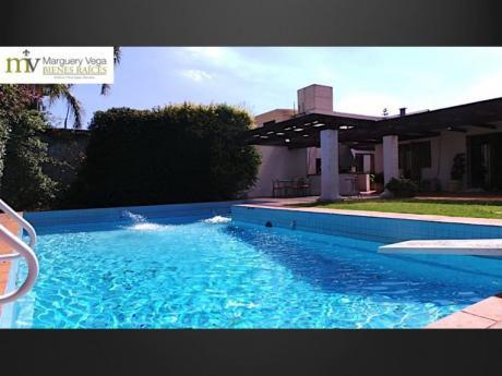 Impecable Casa 5 Dorm / Carrasco Sur / Para Entrar!