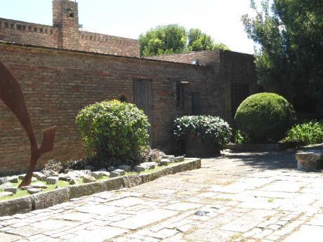 Carrasco Sur, Residencia Con Gran Valor Arqitectonico Y Artistico