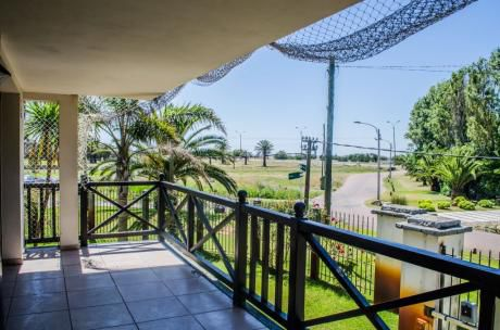 Apartamento De Categoria En Carrasco Sur