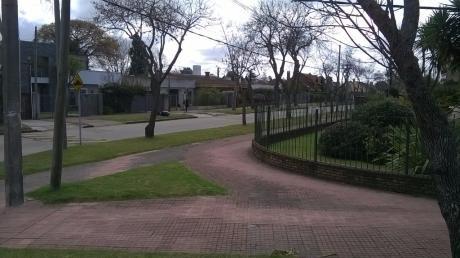 Casa En Venta En Carrasco Sur