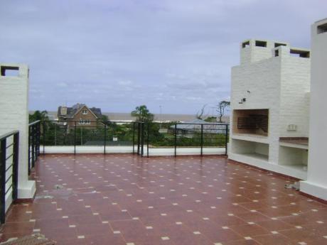 Edificio A Pasos De Rambla. 800 Metros De Terreno