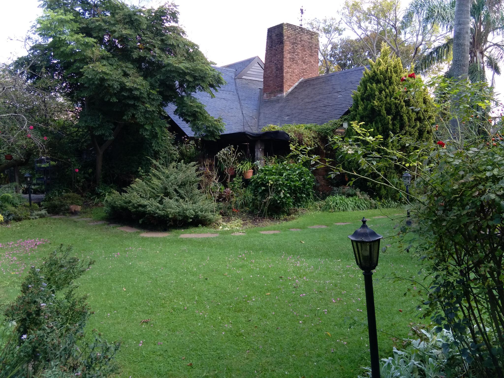 Residencia De Gran Porte, Carrasco Sur, Cercanias Lawn Tennis