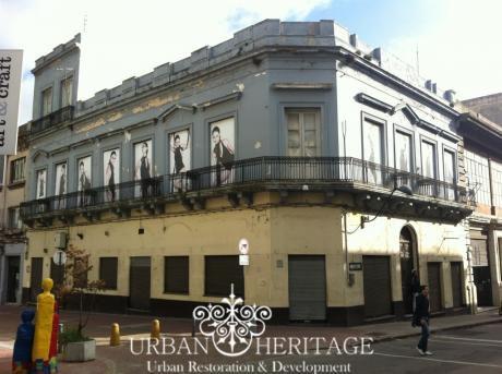 Commercial Building Heart Of Mercado Del Puerto