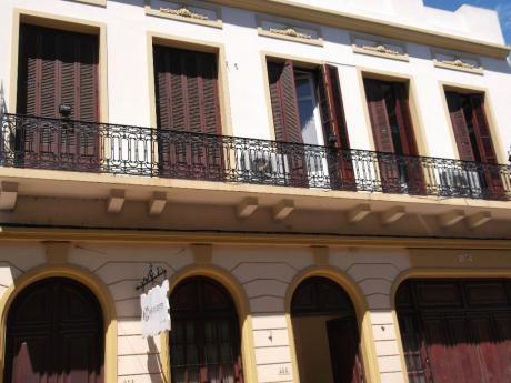 Hermosa Propiedad Proximo Al Puerto Y Perez Castellanos