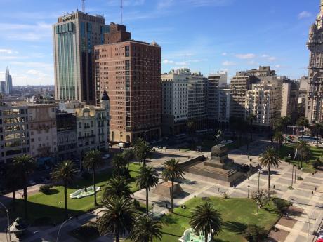 Espectacular!!! En Plaza Independencia, 220 M2. Ideal Empresas Y Oficinas.