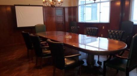 Venta Piso De Oficinas En Ciudad Vieja. Rincón Y Misiones