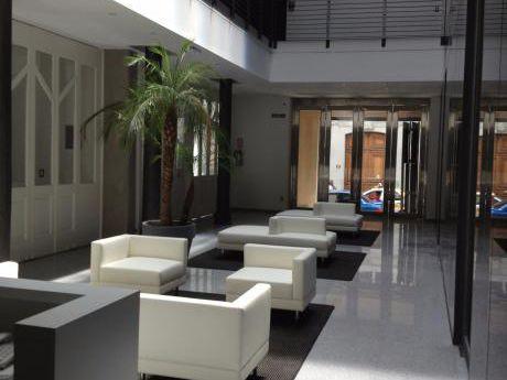 Hermosa Oficina Edificio Barreiro Y Ramos