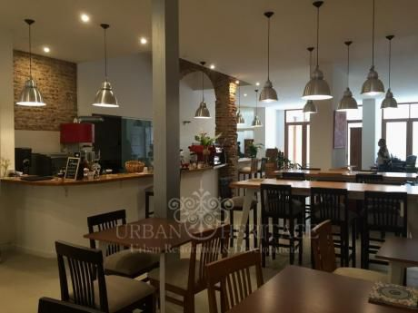 Gourmet Space Ideal For Cafe Or Restaurant