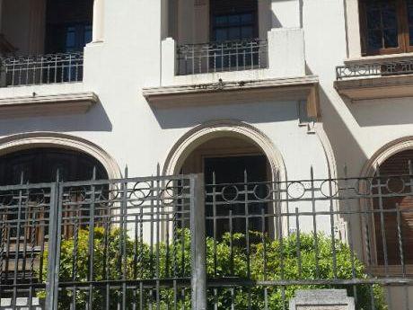 Alquiler Casa De Estilo En Parque Rodó
