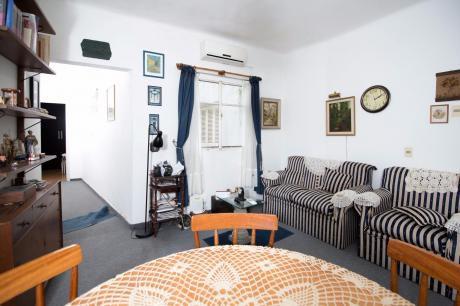 Apartamento En Pocitos Planta Baja