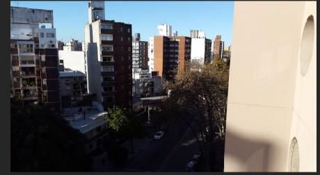Pocitos.1 Dor. 32m2. Terraza. Vig 24hs