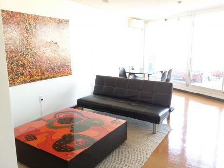 Penthouse Con Muebles : Gran Terraza En El Corazon De Pocitos