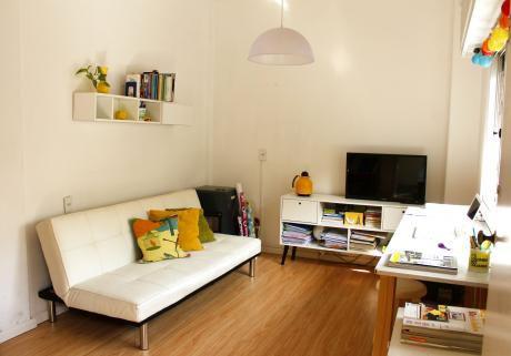 Apartamento Tipo Casa En Pocitos!!! Diseño Y Tranquilidad