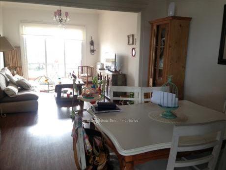 Apartamento Venta 3 Dormitorios A Nuevo Pocitos