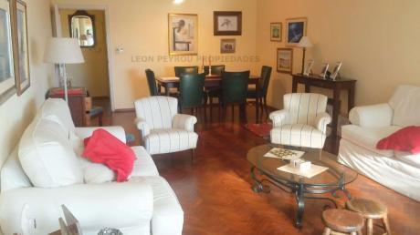 Apartamento 3 Dormitorios, 2 Baños, Servicio, Garage, De Categoria, Pocitos