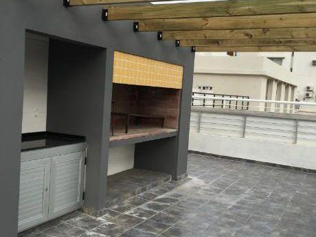 Oportunidad A Estrenar. Pocitos 2 Dormitorios 2 Baños + Garaje