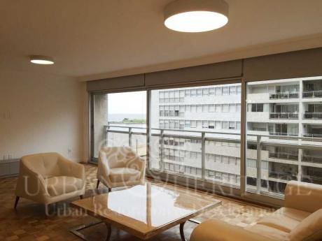 Luxury 3bedroom Apartment Heart Of Pocitos