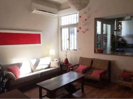 Venta De Apartamento 2 Dormitorios En Pocitos, Montevideo